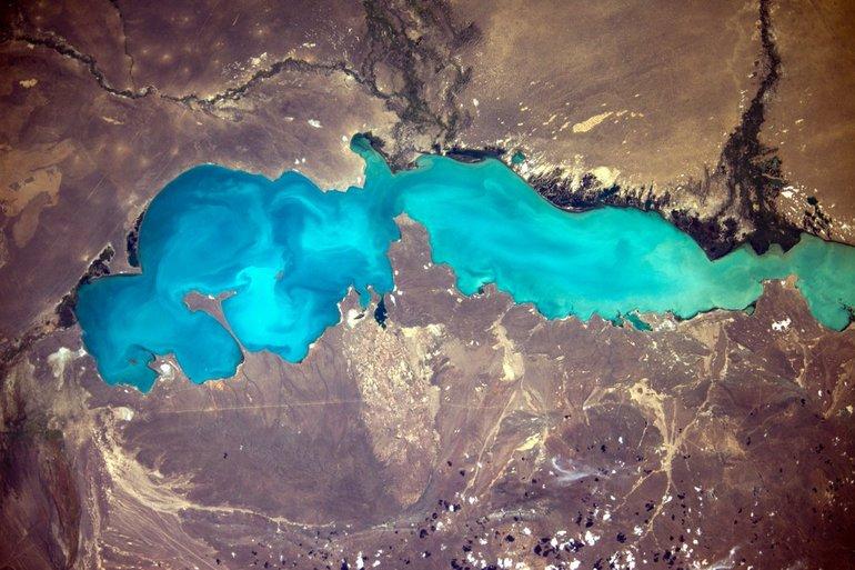 Самое глубокое озеро в Казахстане — Балхаш.