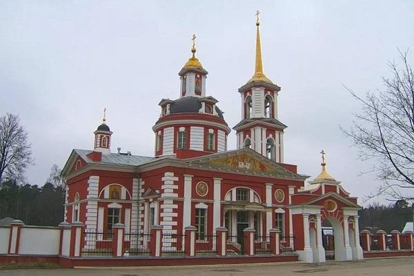 Усадьбы Москвы и Подмосковья для свадьбы, открытые для посещения, старинные, расположение на карте, туры